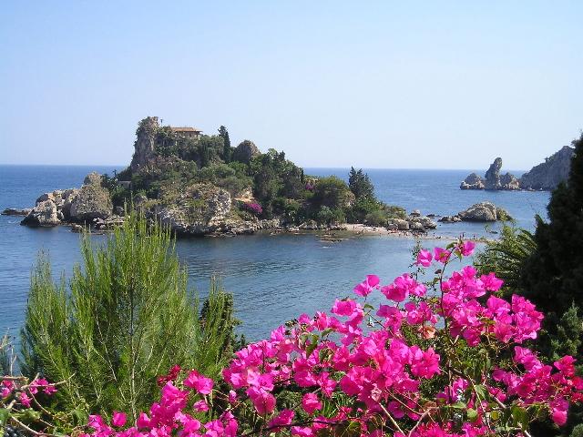 Taormina mare appartamenti taormina mare sicilia for Appartamenti sicilia